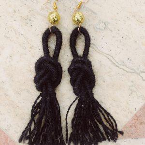 black-ebony-alpaca-wool-earring-handmade-tassel