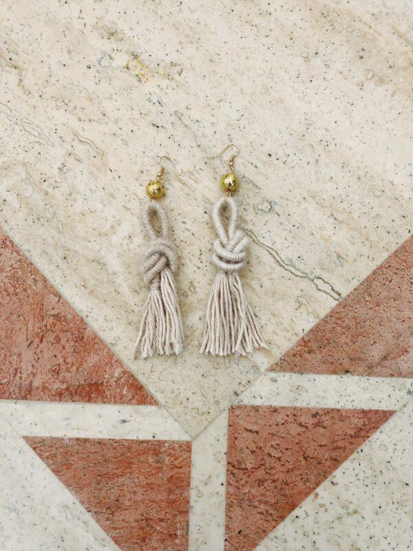 fawn-ebony-knot-earring-alpaca-wool-handmade