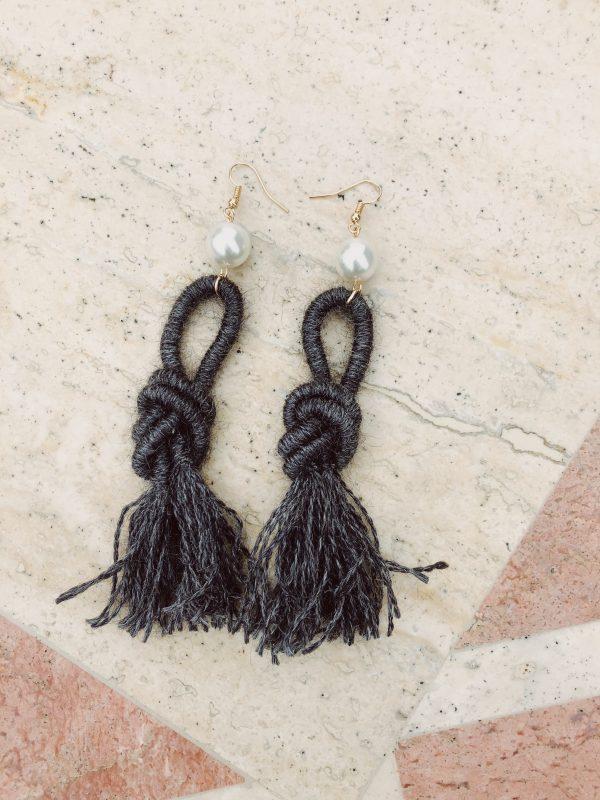dark-grey-alpaca-wool-earring-handmade-natural