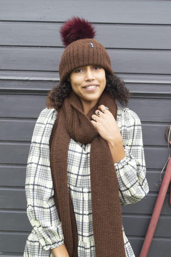 dark brown alpaca wool